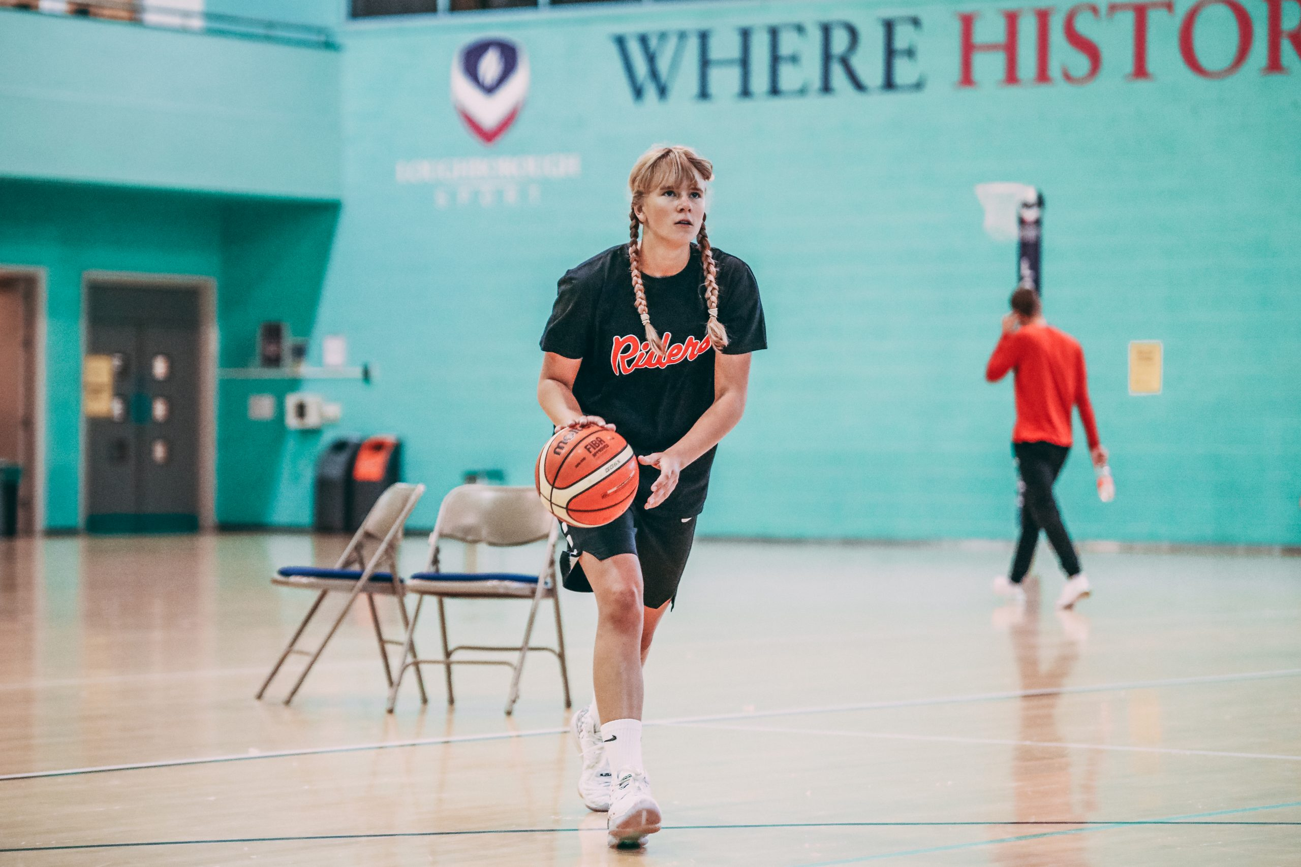 Katie Januszewska joins the Leicester Riders