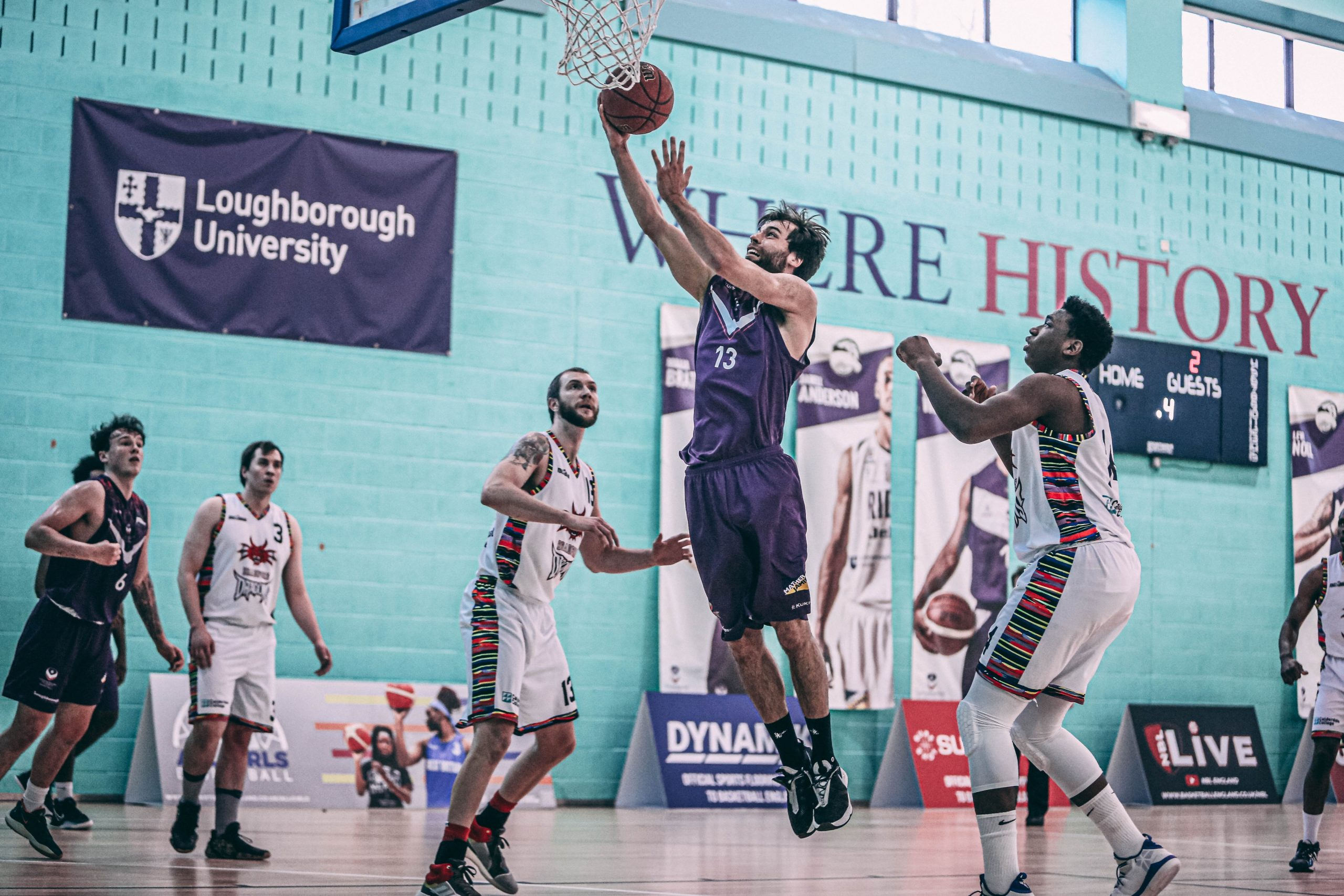 RIDERS DEFEAT DRAGONS