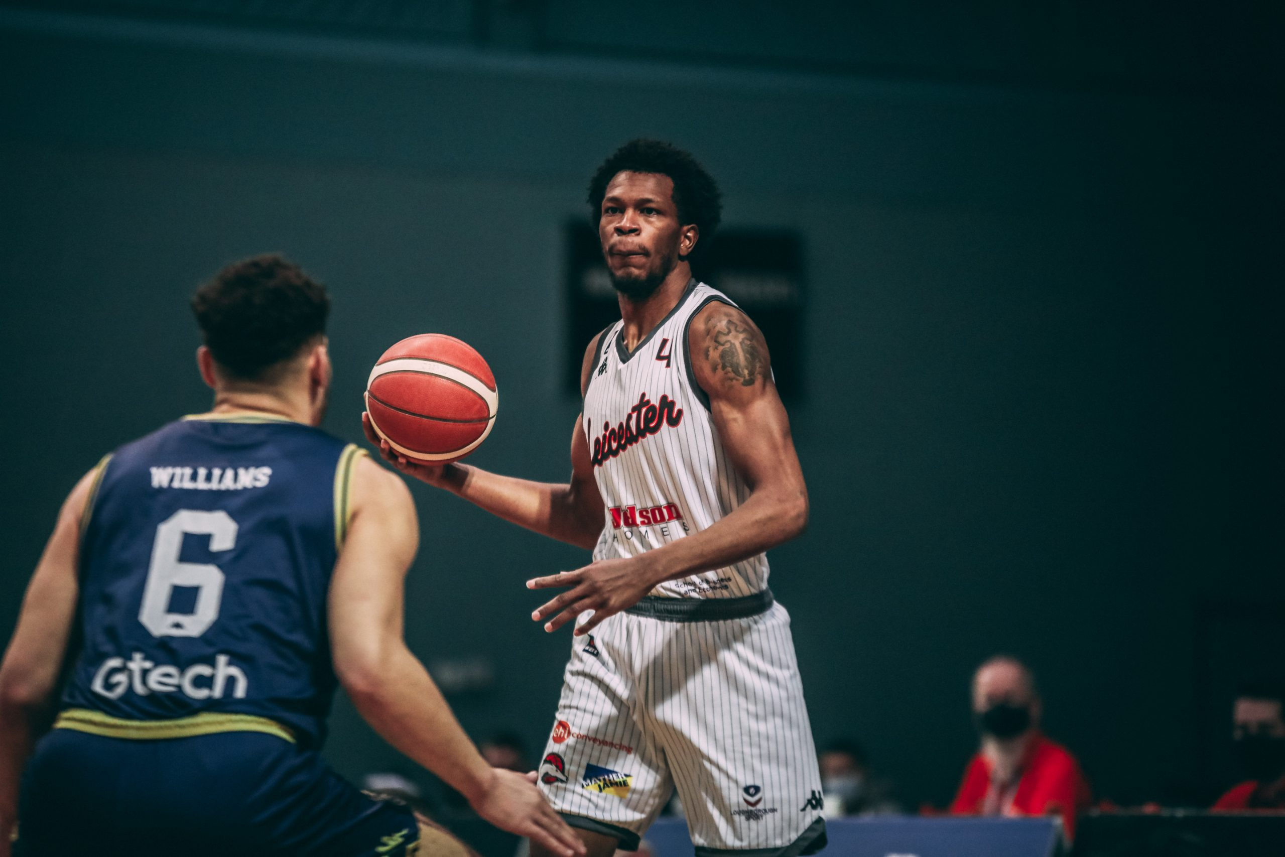 Impressive defence leads Riders to victory over Wolves