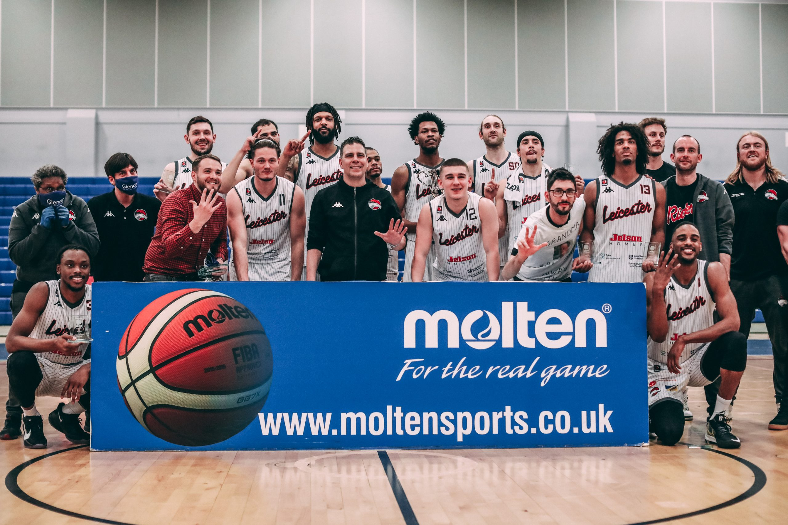 Riders crowned League Champions after defeating Phoenix