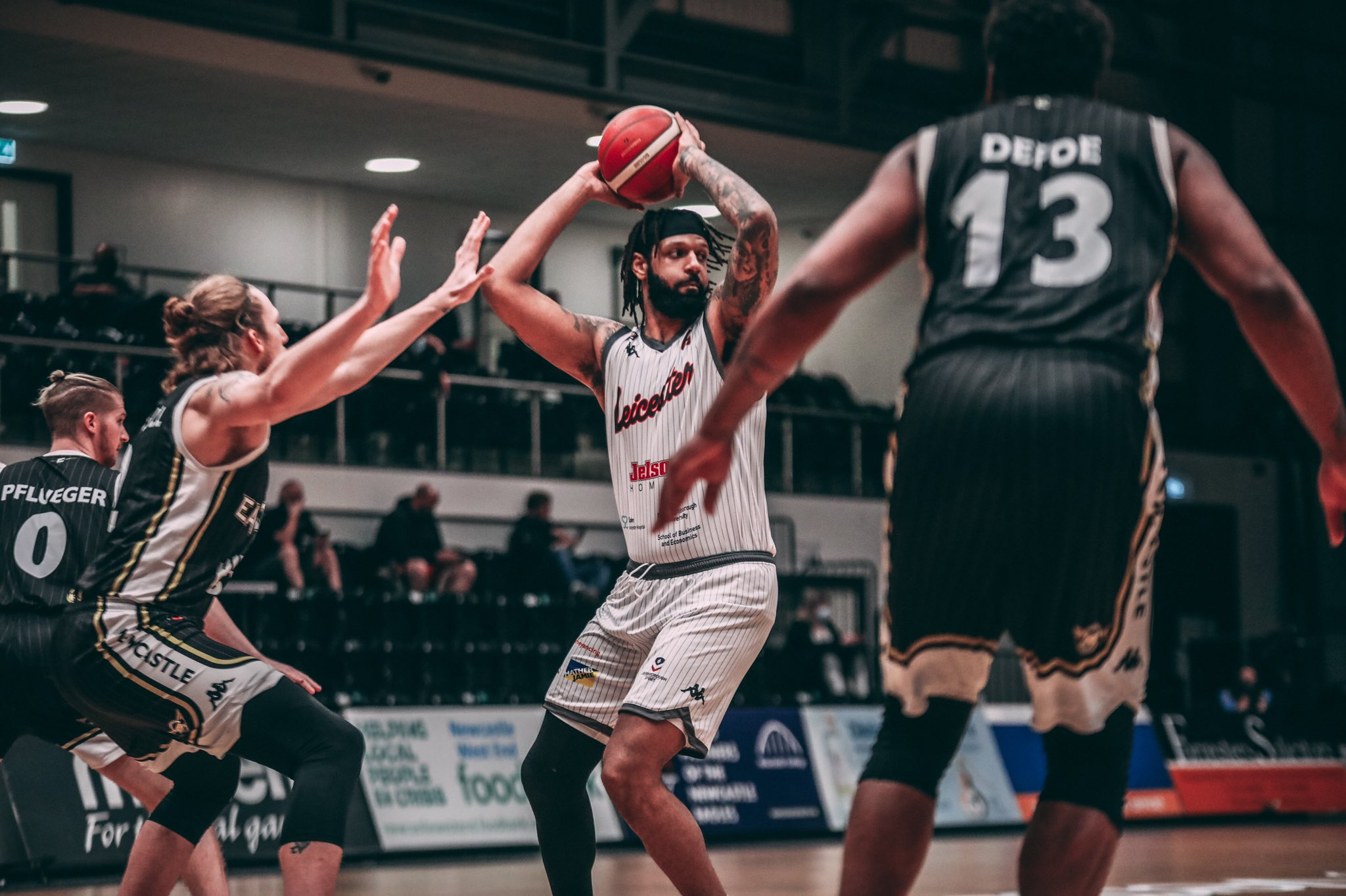 Riders fall to Eagles